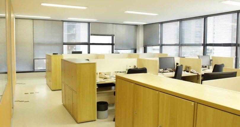 Coworking ou escritório próprio para uma startup