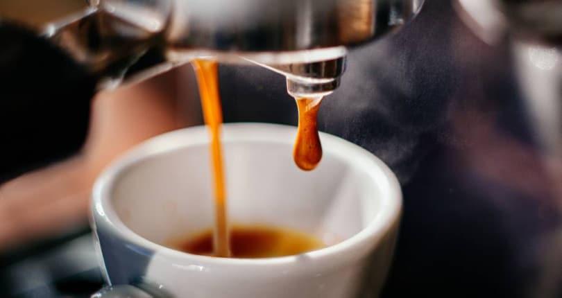 Exagerou no café? Controlar a cafeína pela sua saúde